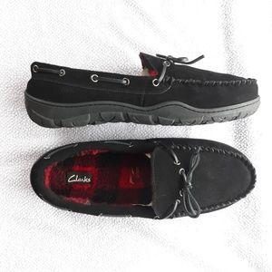 Clarks mens Indoor Outdoor Casual Slip-on Shoes